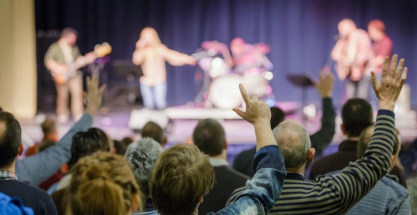 Be Equipped to Gather Around the Gospel at WorshipGodUK