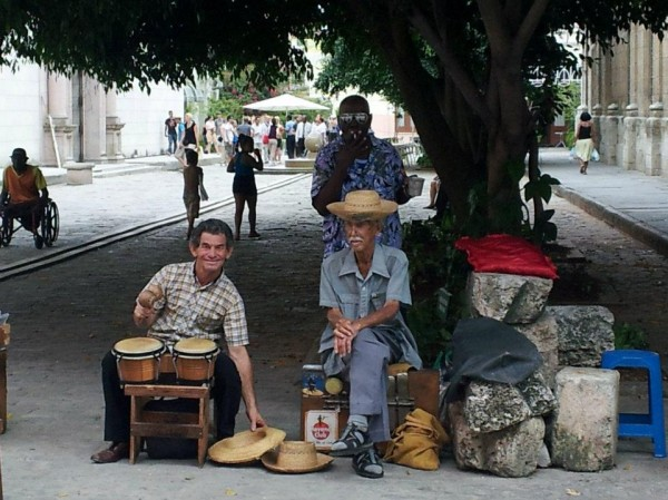 Top 10 Reasons to Serve in Cuba
