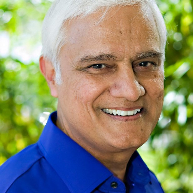 CNLP 083: Ravi Zacharias on How Preaching And Evangelism Need to Change to Reach the Next Generation