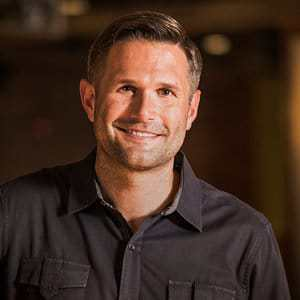 CNLP 131: Kyle Idleman on Starting a Church at 22, Leading in a Megachurch and on Being a Writer