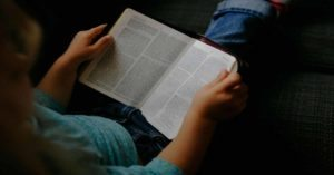 They're Just Not That Into You: Overcoming Teenagers' Bible-Reading Hurdles
